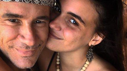 Fernando Carrillo y novia (Foto: Instagram)