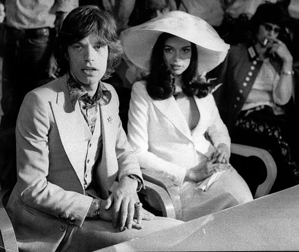 Mick Jagger junto a Bianca, una de sus tantas conquistas