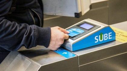 Nuevos aumentos en la Ciudad: desde hoy, los peajes serán 25% más caros y el boleto del subte costará $30