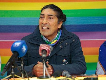 Rueda de prensa del candidato presidencial Yaku Pérez tras los primeros resultados electorales, en Quito (Ecuador) (EFE/ Santiago Fernández)