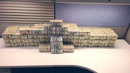 A principios de abril, los agentes de la DEA confiscan USD 1.7 millones en ganancias de narcóticos (Foto: Twitter/DEALOSANGELES)