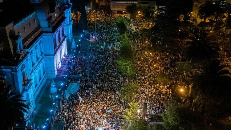 La manifestación en Jujuy, encabezada por el gobernador Morales