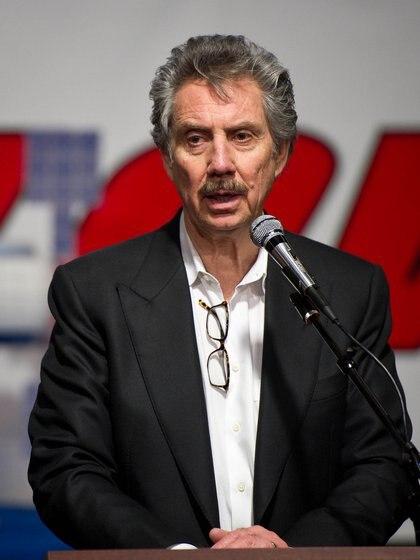 El presidente de Bigelow Aerospace Robert Bigelow durante una conferencia de prensa en 2011 (NASA/Bill Ingalls)