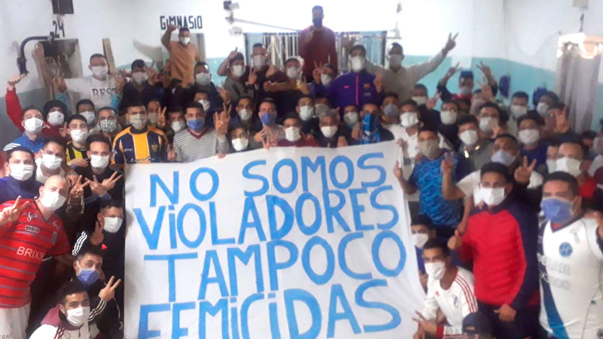 El reclamo de los presos de la cárcel de Devoto, quienes se amotinaron para recibir el beneficio de la prisión domiciliaria por la pandemia de COVID-19