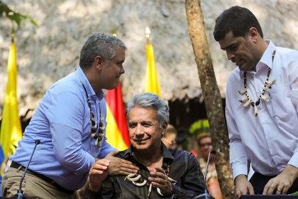 Iván Duque junto a Lenín Moreno y el vicepresidente de Suriname, Michael Ashwin Adhin, en la firma del Pacto de Leticia el 6 de septiembre de 2019 (REUTERS/Luisa Gonzalez)