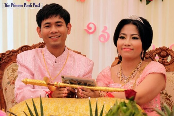 Sar Patchata durante su boda en 2014 (The Phnom Penh Post)