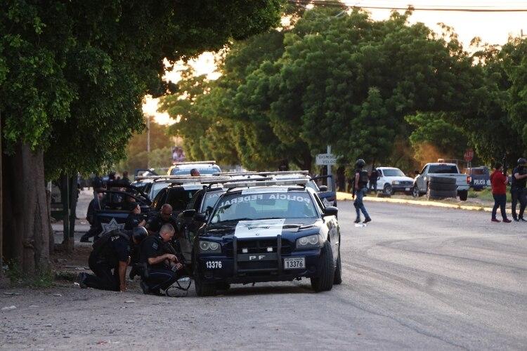 Supuestos sicarios del Cártel de Sinaloa y la fuerzas federales se enfrentaron este jueves (Foto: Cuartoscuro)