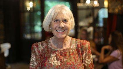 La mujer de 73 años transformó el mundo de las bibliotecas en Mar del Plata