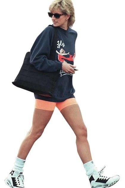 Déjà vu. Lady Di era fanática de estos shorts en el ámbito deportivo.
