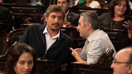 Máximo Kirchner, jefe del bloque del Frente de Todos, junto al ex diputado Andrés Larroque, jefe de La Cámpora (Adrián Escandar)