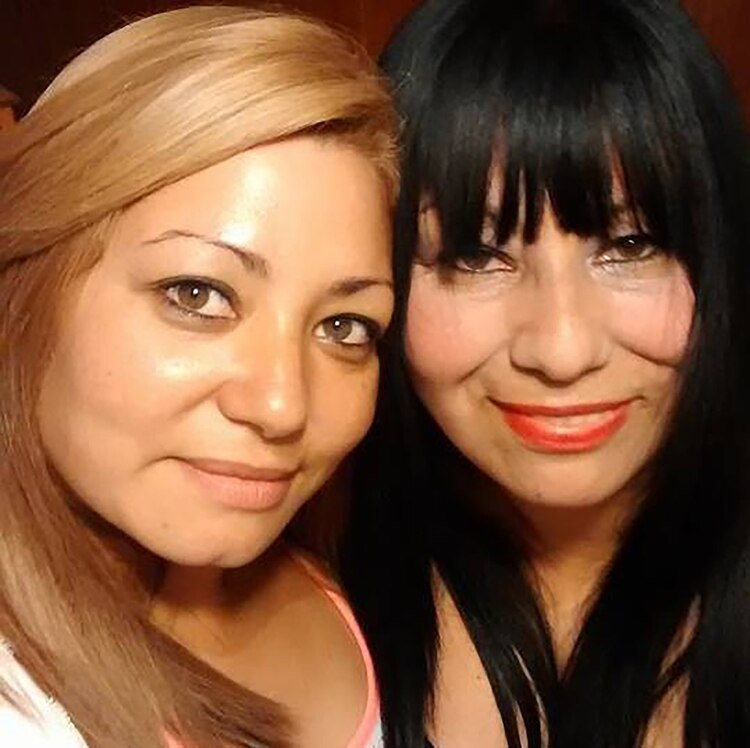 Verónica junto a su mamá, Cristina