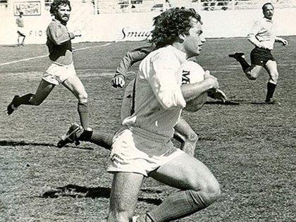 Alejandro Puccio cuando era un admirado wing tres cuartos del CASI y de Los Pumas