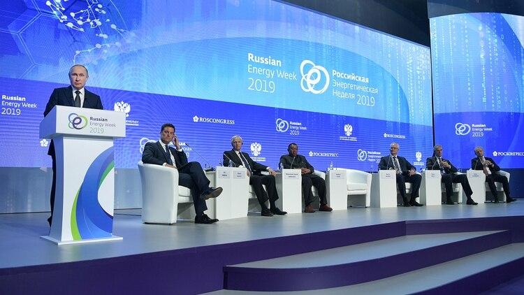 Putin en un foro sobre energía en Rusia (Reuters)