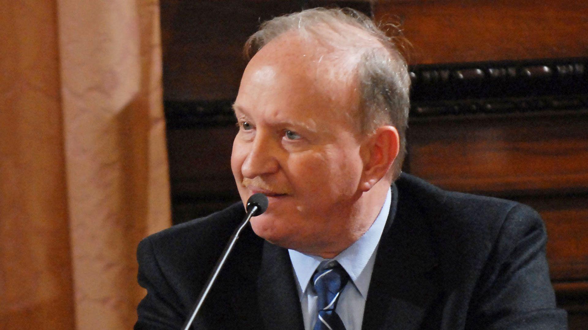 Daniel Sabsay (NA)