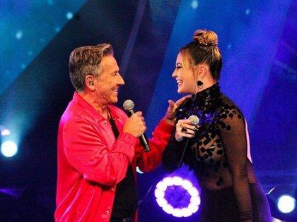 María José y Ricardo Montaner también conquistaron la transmisión al subir al escenario durante la primera noche de