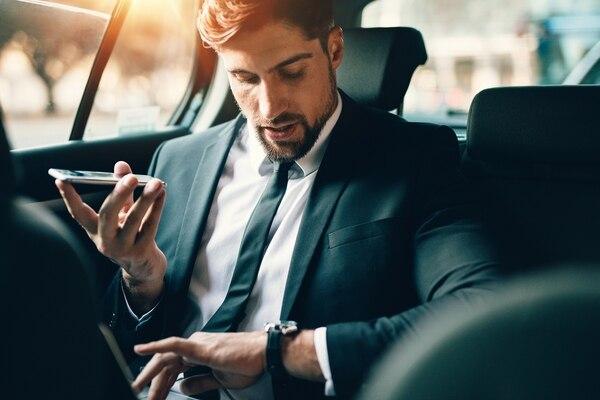 El 2019 también verá una creciente preferencia entre los viajeros por las aplicaciones móviles que proporcionan a sus clientes vehículos de transporte con conductores (Getty Images)