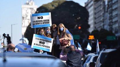 La protesta también se extendió por diferentes municipios de la provincia de Buenos Aires (Franco Fafasuli)