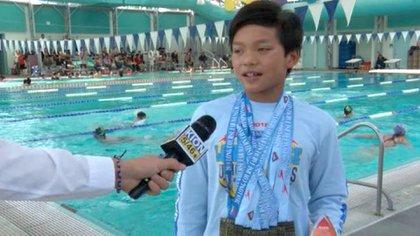 El pequeño Clark se convirtió en una sensación tras batir un récord de Michael Phelps.