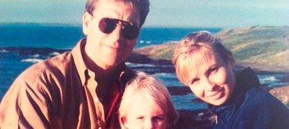 Philip Adkins, el primer marido de Corinna Larsen, y su hija Nastassia