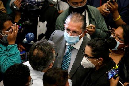 Édgar Pozo, el ministro de salud de Bolivia