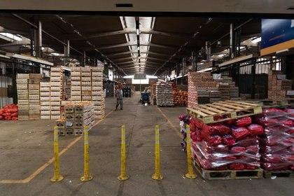 El Mercado Central se suma a las más de 1.600 bocas de expendio que forman parte del acuerdo alcanzado por la Secretaría de Comercio Interior y el Consorcio ABC para la adquisición de los tres cortes de carnes con descuentos de hasta el 30 por ciento. (Foto: Franco Fafasuli)