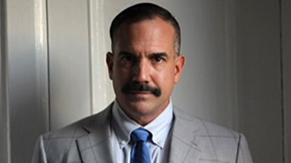 Dennis Hranitzky, abogado de un comité de acreedores, sigue una estrategia agresiva