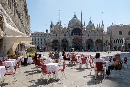 LosCaffe Quadri en la Plaza de San Marcos, en Venecia, Italia, el 14 de junio de 2020 REUTERS/Manuel Silvestri