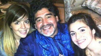 Viejito querido: Dalma, Diego y Gianinna Maradona