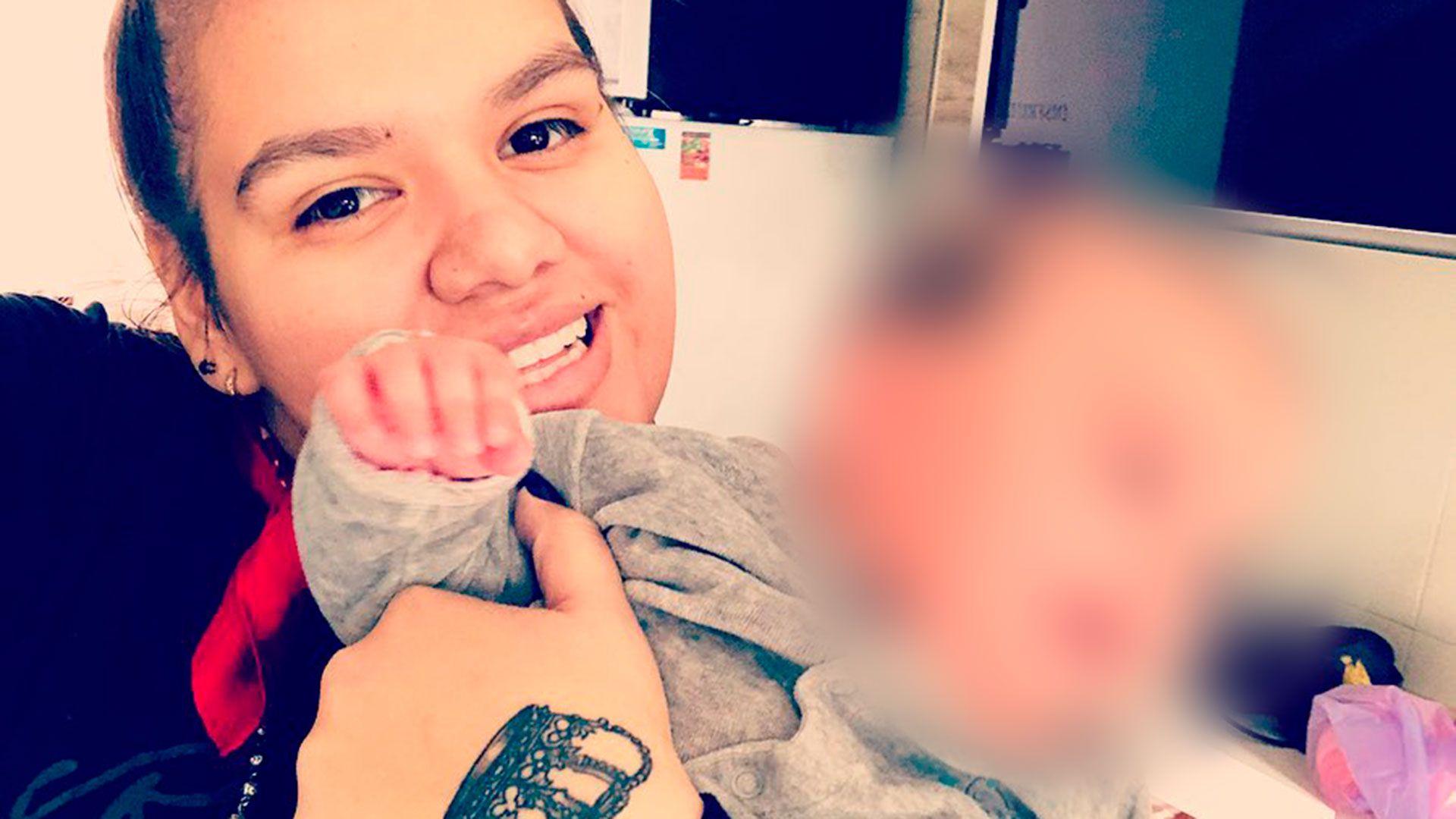 Morena Rial y su pequeño hijo de cuatro meses (Instagram)