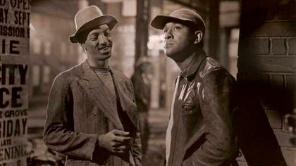 """Richard Wright (derecha) con George Green, quien interpretó a """"Panamá"""", un miembro de la banda de pequeños ladrones de Bigger"""