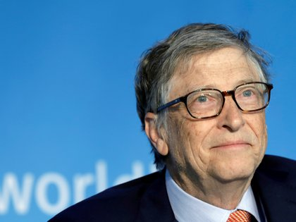 FILE PHOTO: Bill Gates, co-chair of the Bill & Melinda Gates Foundation; attends a panel discussion on Building Human Capital during the IMF/World Bank spring meeting in Washington, U.S., April 21, 2018. REUTERS/Yuri Gripas/File Photo
