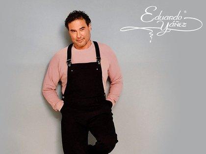 Eduardo Yáñez estrena su marca de ropa en línea (cortesía @eduardoyanezofc)