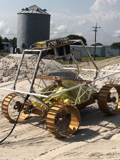 VIPER fue testeado en diferentes terrenos que simularon la superficie lunar (Credito: NASA/Johnson Space Center)