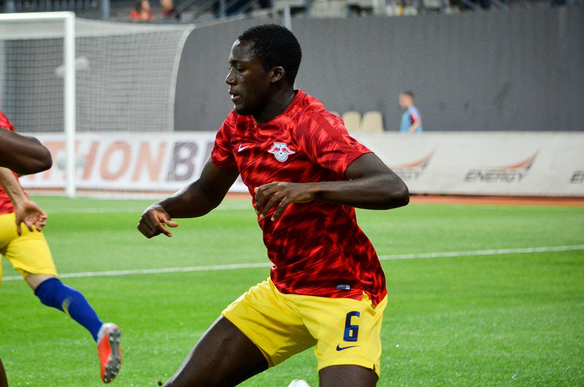 El francés Ibrahima Konate (Leipzig) USD 40 millones