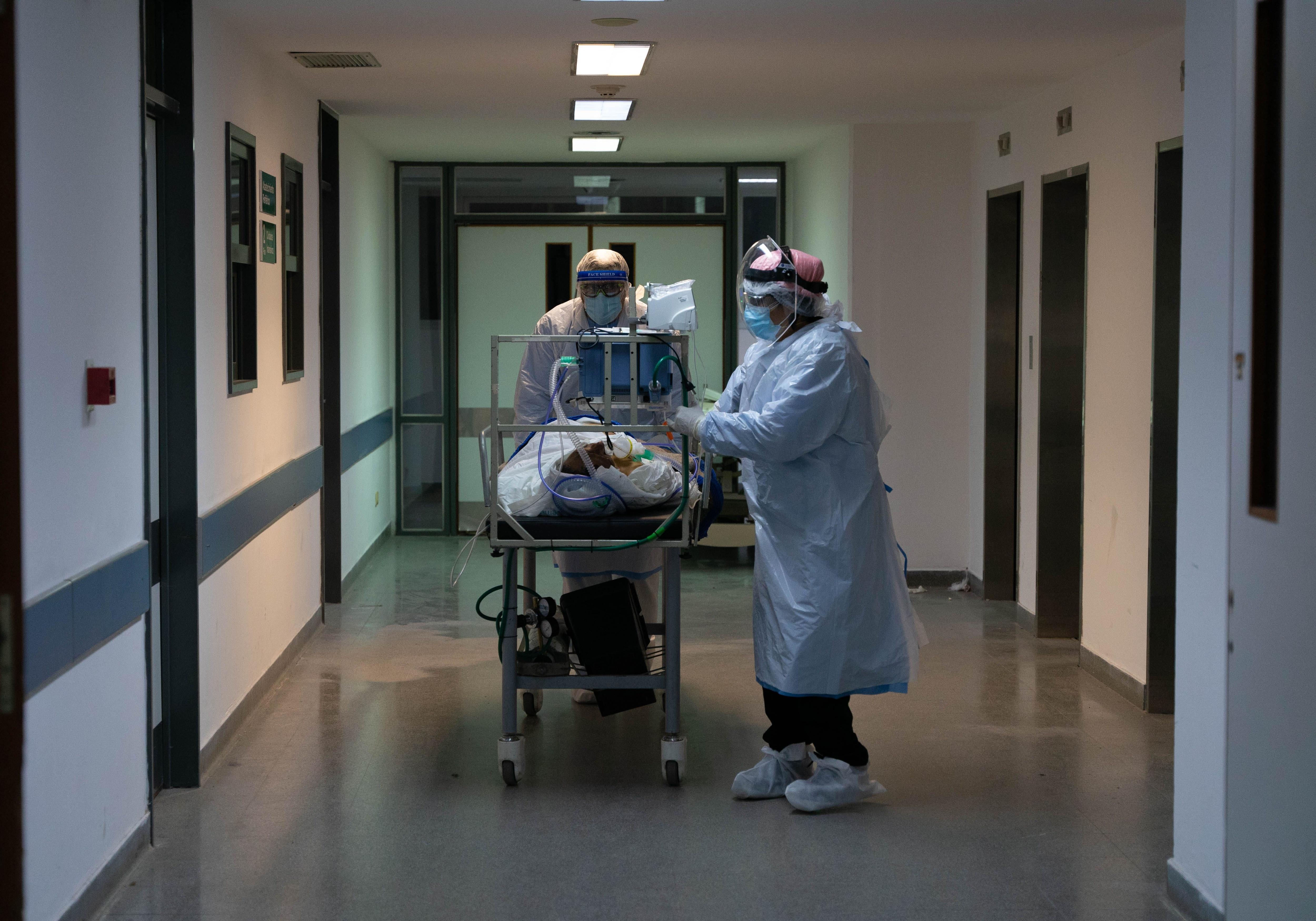 Hospital General San Martin La Plata - Terapia intensiva - UTI - COVID-19 - Coronavirus (Foto: Franco Fafasuli)