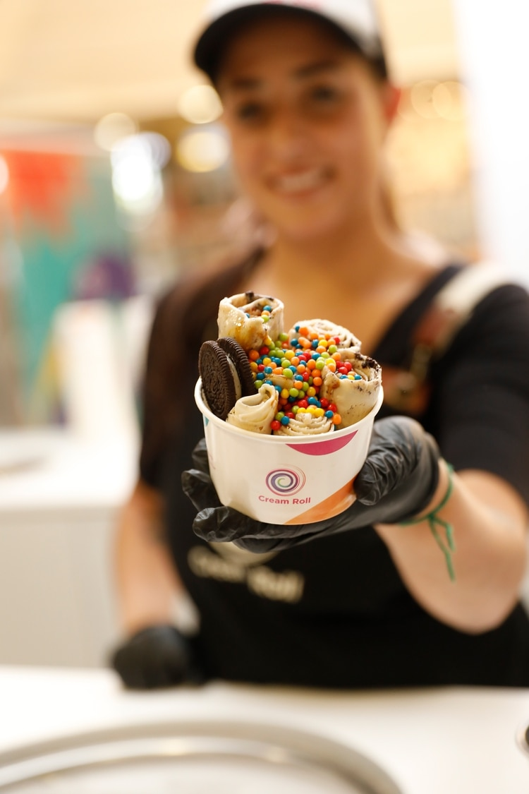 Con galletitas y pelotitas multicolor, una de las opciones más pedidas por los fanáticos de Cream Roll