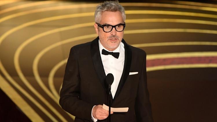 Este es el momento en que Alfonso Cuarón agradeció a la Academia por haber dado visibilidad a un tema como el que toca Roma (Foto: AFP)