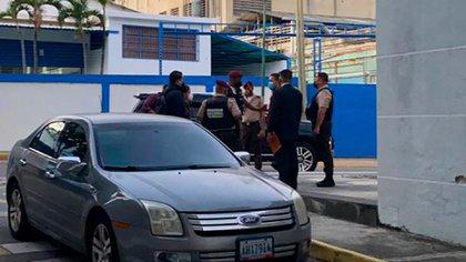 Funcionarios del régimen de Maduro embargaron las instalaciones del diario El Nacional