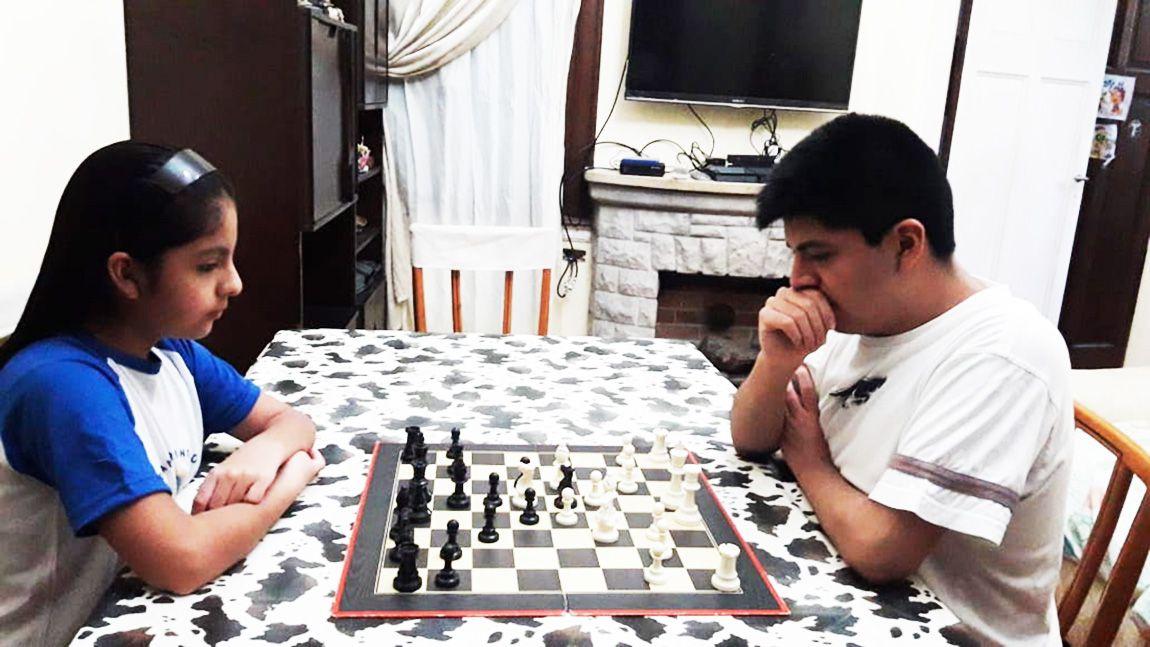 ajedrez chicos - Francisco Fiorito y Vanesa guzman