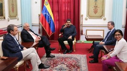 La Unasur fracasó en su intento de mediar en la crisis venezolana (EFE)
