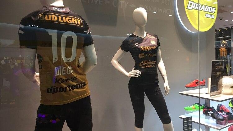 La tienda oficial de Dorados en Culiacán reporta bajas ventas de la camsita  especial con el f4e279c38596