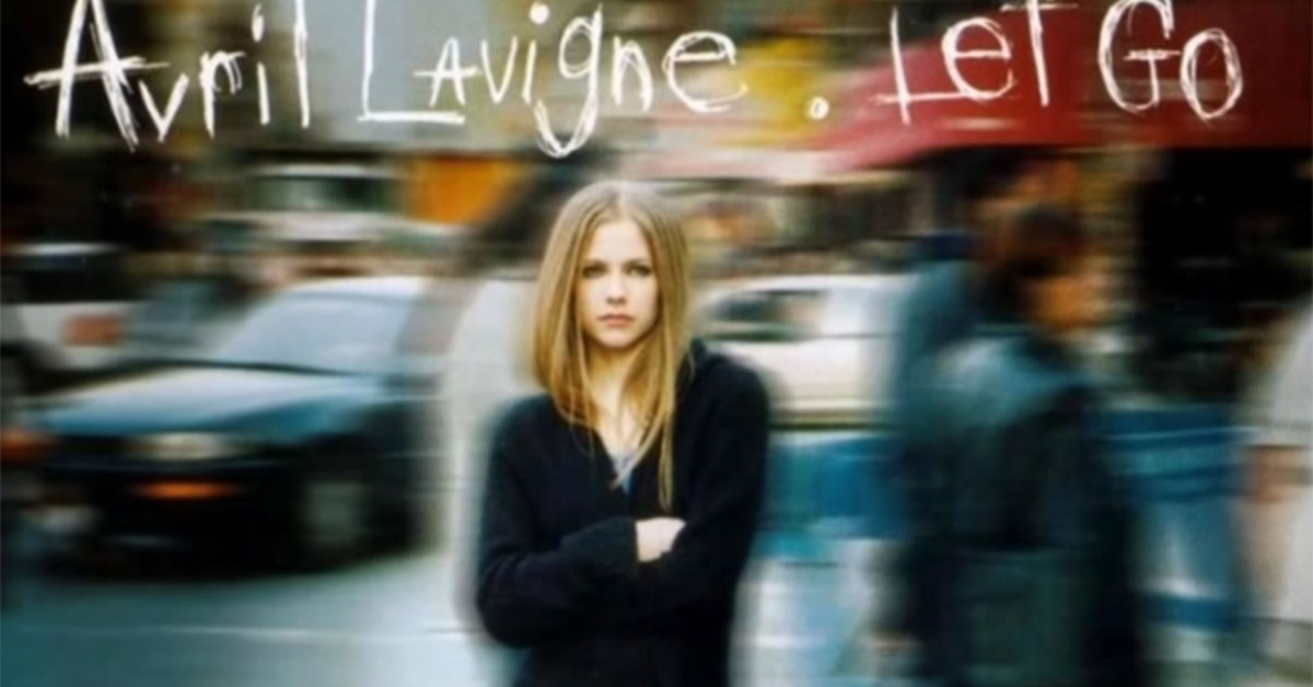 La insólita teoría viral que afirma que Avril Lavigne murió en 2003 y fue sustituida - Infobae