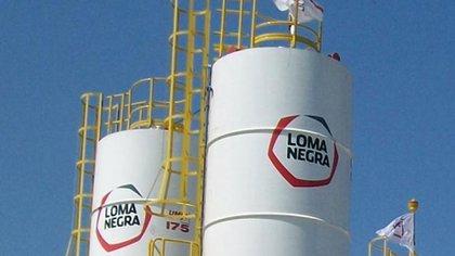 Loma Negra es la principal empresa de cemento del país y pertenece al grupo brasileño Camargo Correa