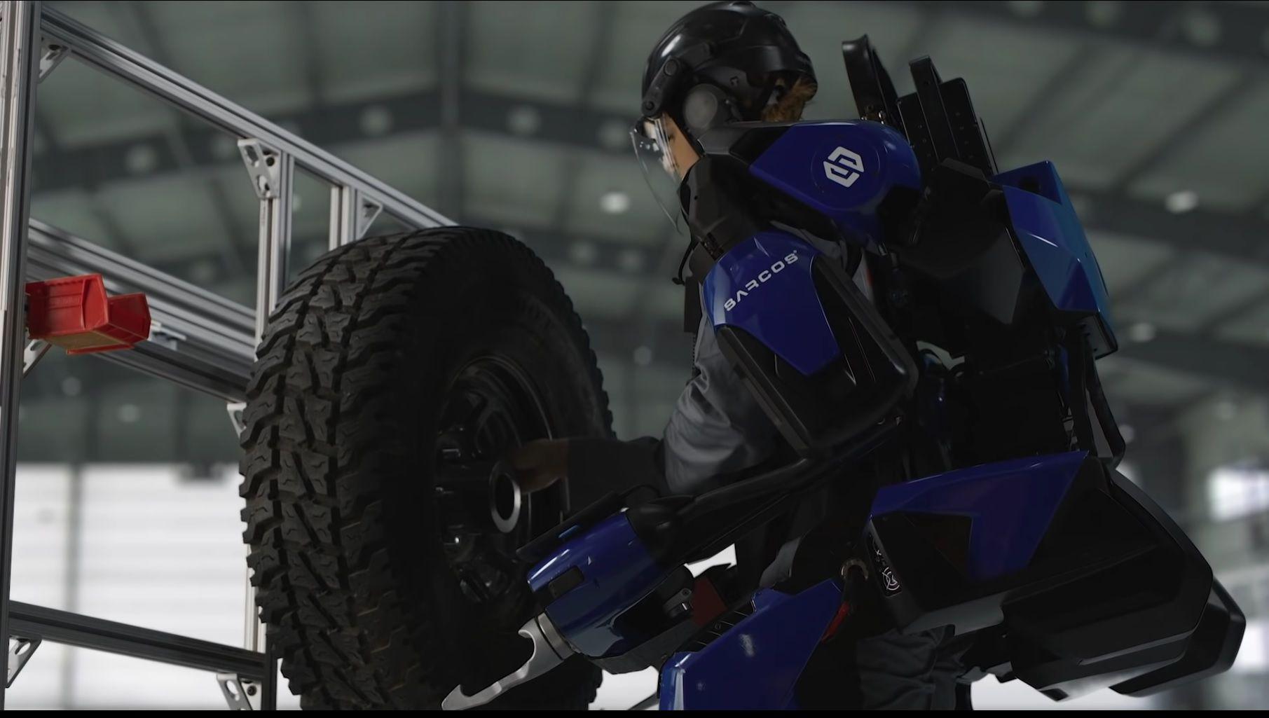 Exoesqueleto de Sarcos para alivianar las tareas de carga