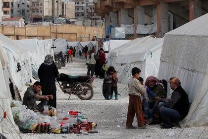 Cerca de un millón de personas debieron desplazarse del noroeste de Siria (REUTERS/Umit Bektas)