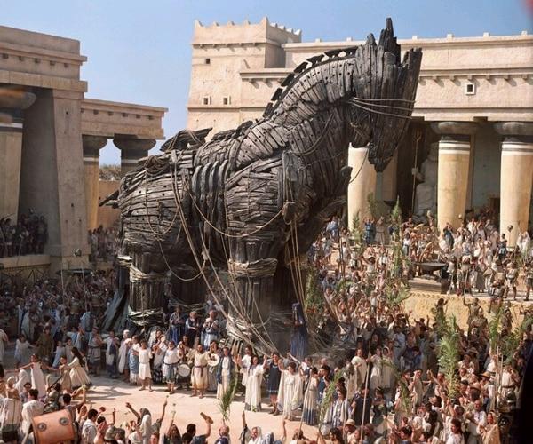 """El caballo de Troya tal como aparece en la película """"Troy"""""""
