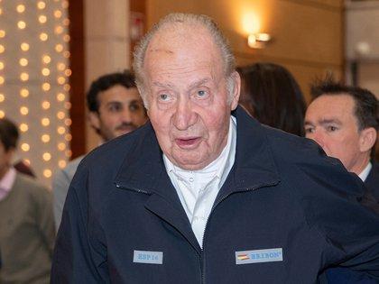 El Rey Juan Carlos, en una imagen de archivo durante un evento celebrado en el Real Club Naútico de Sanxenxo (Europa Press)