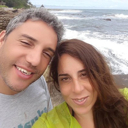 En pareja con el productor Rodrigo Cristófaro, la coach administra junto a él la escuela de danza El Portal Escuela de Arte, en Castelar