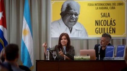 Cristina Fernández de Kirchner e Cuba (Ismael Francisco/Pool vía REUTERS)