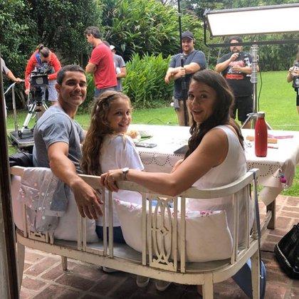 En la ficción, Mariano Martínez y Laura Azcurra serán los padres de Olivia